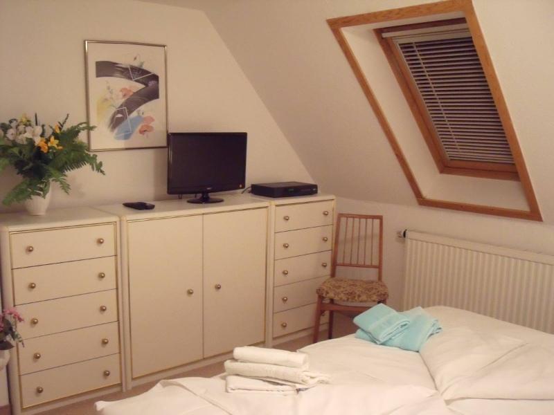 Schlafzimmer in der Dachgeschosswohnung